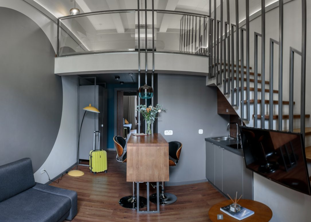 A two-level suite 37 m2